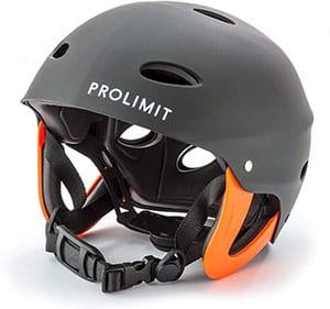 Casco para practicar de deportes acuáticos kitesurf marca Prolimit